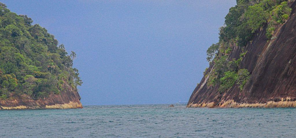 Canal entre as ilhas Paquetá e Itanhangá - Angra dos Reis