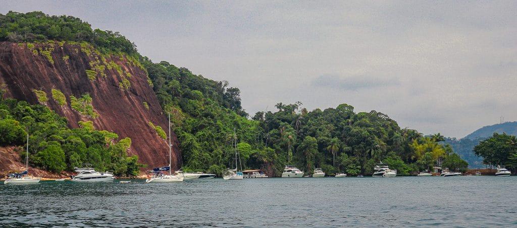 Praia e Ilha Itanhangá - Angra dos Reis