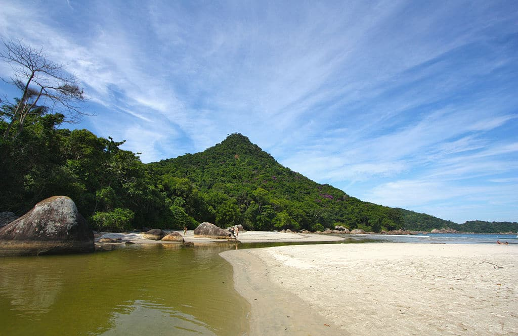 Praia de Dois Rios - Ilha Grande - Angra dos Reis
