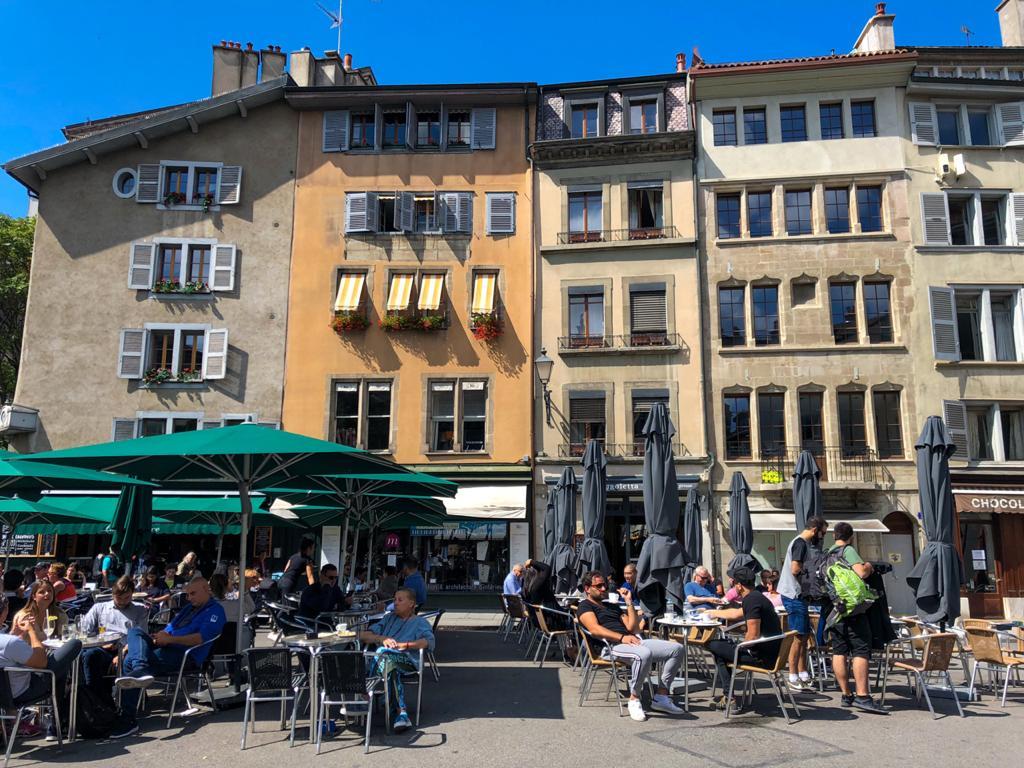 Fachada de prédios antigos de Genebra
